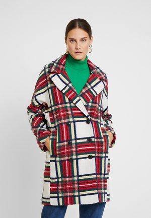 ABRIG DORIAN - Classic coat - carmin