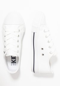 Cotton On - CLASSIC TRAINER LACE UP - Tenisky - white smooth - 0