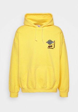 OVERDYE BRANDED HOODIE - Sweatshirt - yellow