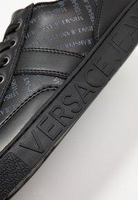 Versace Jeans Couture - FONDO CASSETTA  - Sneakers - black - 5