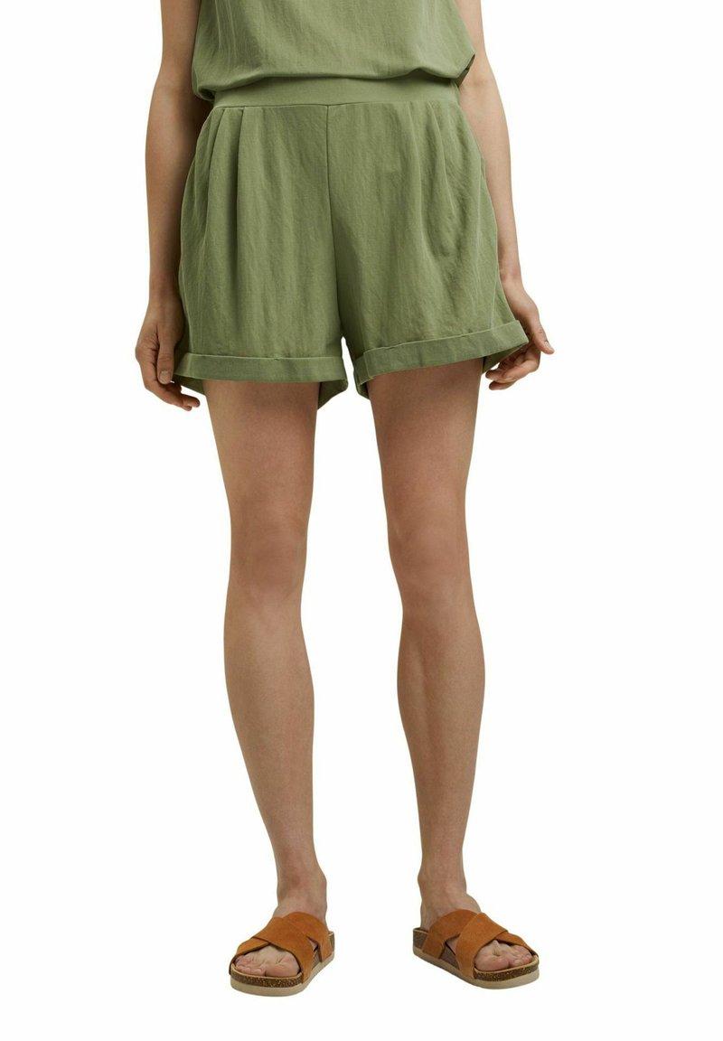 Esprit - Shorts - light khaki