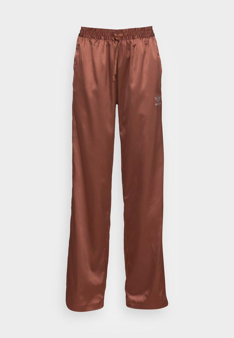 adidas Originals - WIDE LEG PANT - Pantalones - earth brown