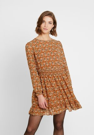 ONLKIARA SHORT DRESS - Vestido informal - beige
