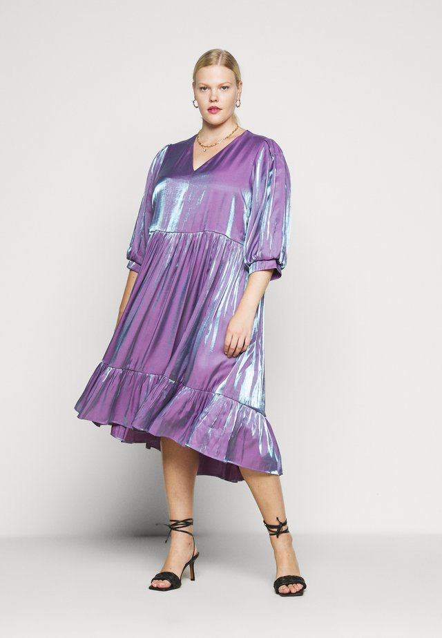 SLFMACY MIDI DRESS - Korte jurk - crushed grape