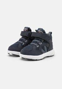 Viking - ALVDAL MID GTX UNISEX - Hiking shoes - navy/charcoal - 1