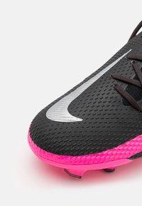 Nike Performance - PHANTOM GT PRO FG - Fotbollsskor fasta dobbar - black/metallic silver/pink blast - 5