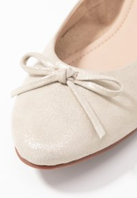 mint&berry wide fit - Ballerine - offwhite - 2