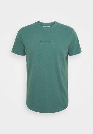 CURVED HEM MAY - Basic T-shirt - green