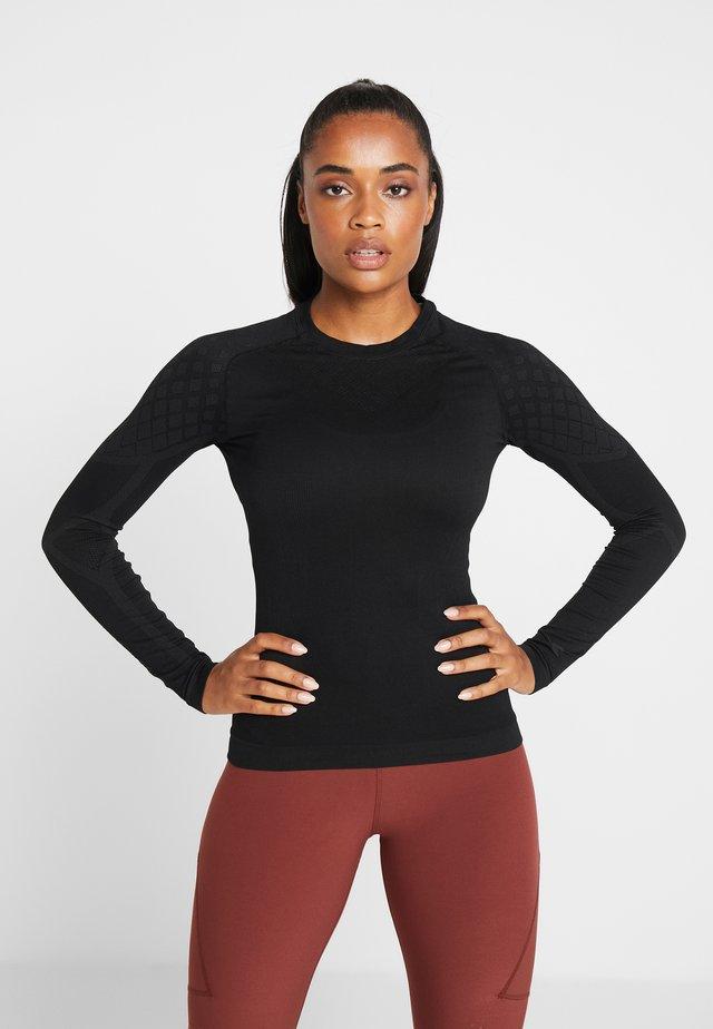ACT - Treningsskjorter - black