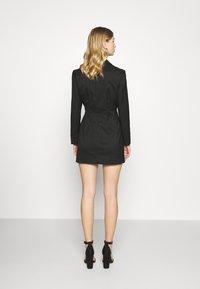 Monki - KAREN DRESS - Etuikjole - black - 2