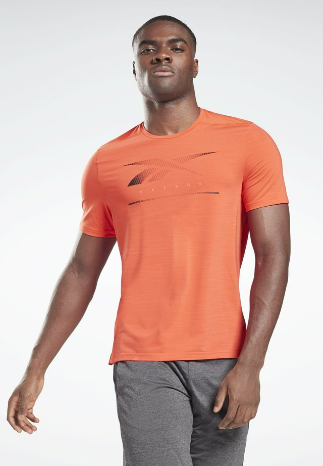 ACTIVCHILL MOVE T-SHIRT - T-shirt con stampa - orange