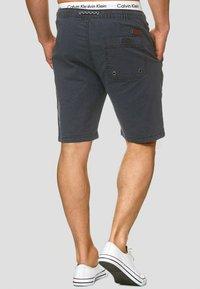 INDICODE JEANS - Shorts - navy - 2