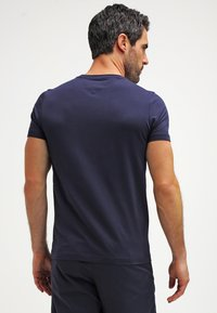 Tommy Hilfiger - NEW STRETCH TEE C-NECK - T-shirt basic - navy blazer