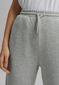 Esprit - Tracksuit bottoms - light grey - 3