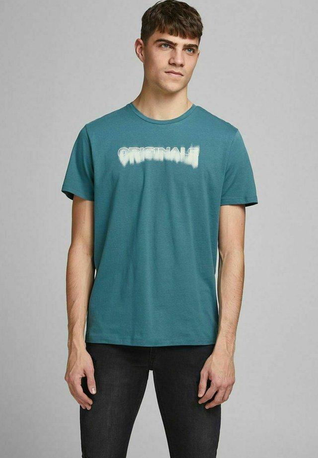 JOREDGE TEE CREW NECK - T-shirt imprimé - mallard blue