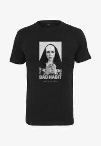 Mister Tee - BAD HABIT - T-shirt med print - black - 5