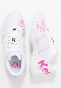 Kempa - ATTACK CONTENDER WOMEN - Käsipallokengät - white/pink - 1