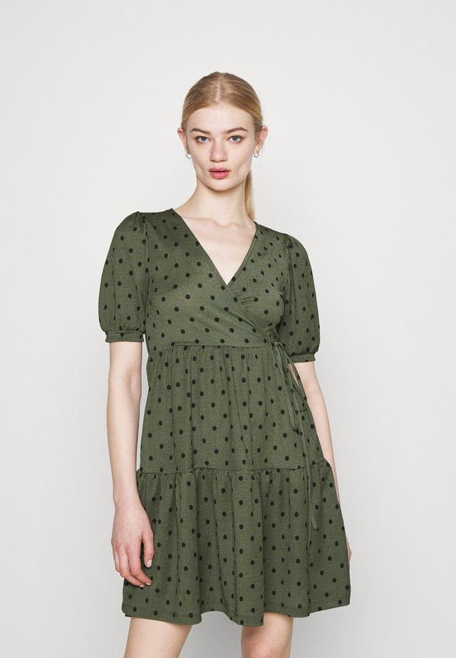 TUVA DRESS - Jerseyjurk - green