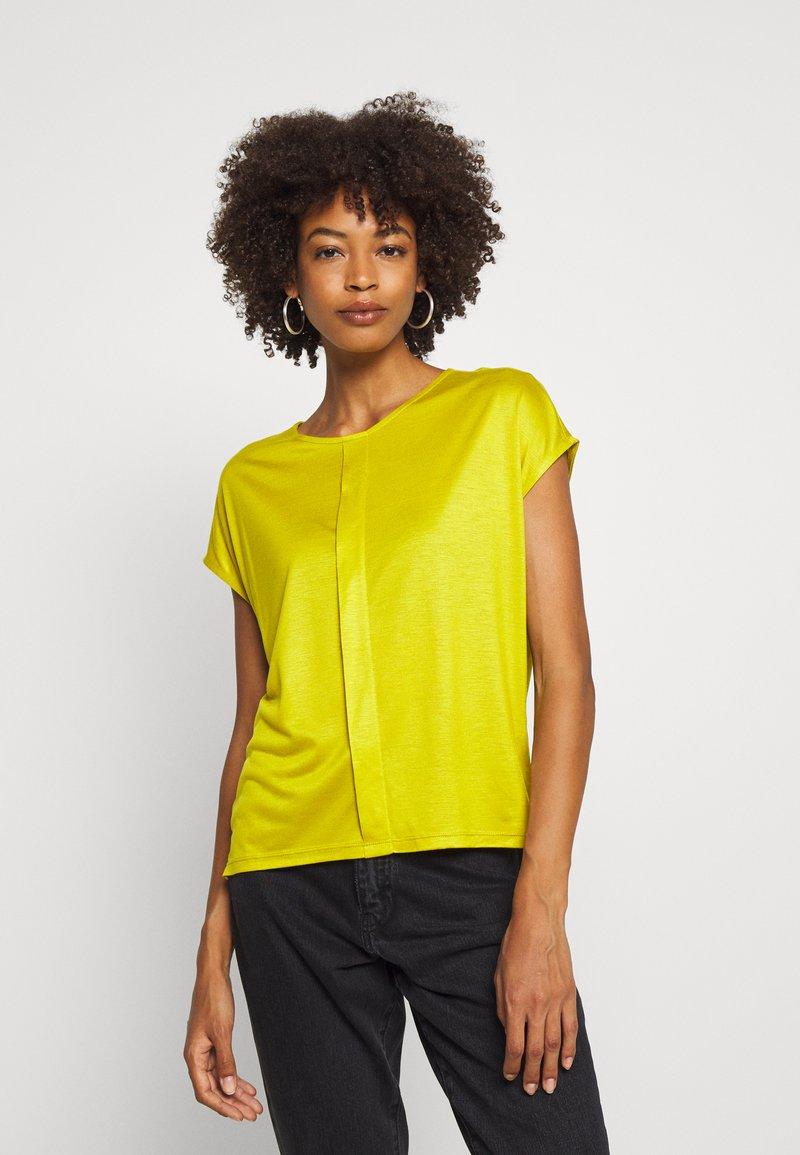 someday. - KUSANA - T-shirt basic - golden green
