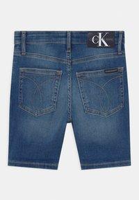 Calvin Klein Jeans - REGULAR  - Short en jean - blue - 1