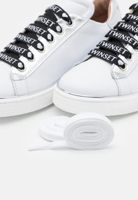 TWINSET - PEARLS - Trainers - offwhite - 5