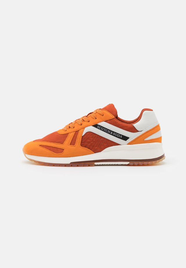 VIVEX - Sneakers laag - orange/multicolor