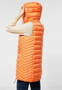 Street One - Waistcoat - orange - 1
