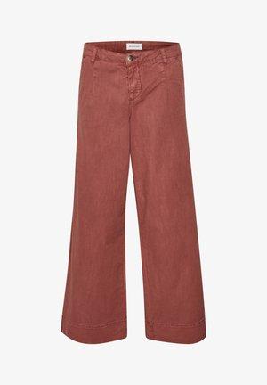 DHALTO  - Flared Jeans - redwood