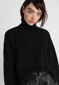 Monki - DOSA  - Jumper - black - 4