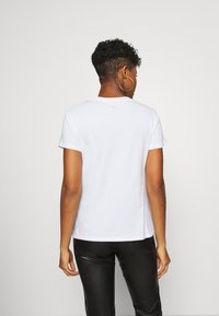 Levi's® - THE PERFECT TEE 2.0 - T-shirt print - berlin city - 2
