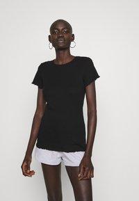 Dorothy Perkins Tall - LETTUCE EDGE TEE 2 PACK  - Basic T-shirt - black/white - 3