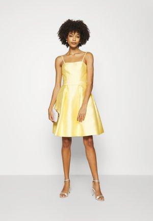 CANISSE - Koktejlové šaty/ šaty na párty - mimosa