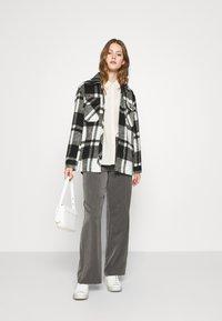 Vero Moda - VMNICOLETTE - Button-down blouse - oatmeal - 1