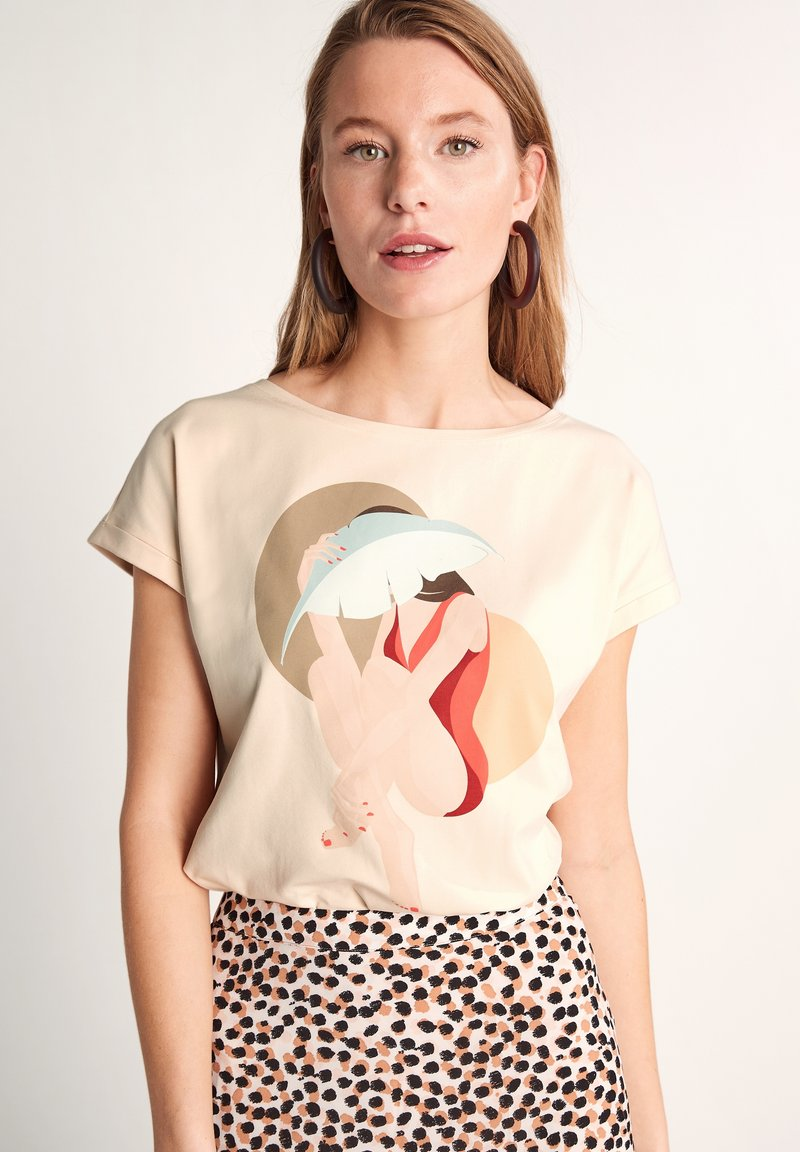 comma - Print T-shirt - shell placed print woman