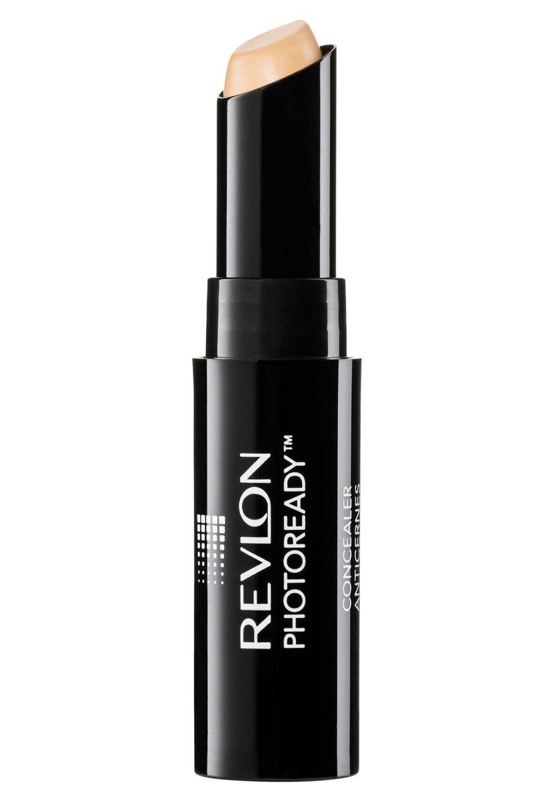 Revlon - PHOTOREADY CONCEALER STICK - Concealer - N°002 light
