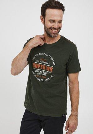 T-shirt print - deep forest