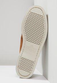 Sebago - DOCKSIDES PORTLAND - Boat shoes - brown cognac - 4