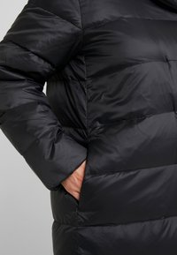 Zalando Essentials Curvy - Down coat - black - 5