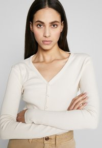 Missguided Tall - BUTTON UP LONG SLEEVED - Longsleeve - cream - 3