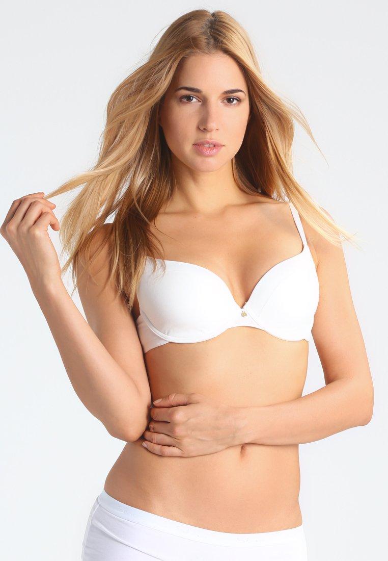 Women Multiway / Strapless bra