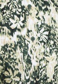 Minimum - NORRI - Vestido camisero - deep forest - 2