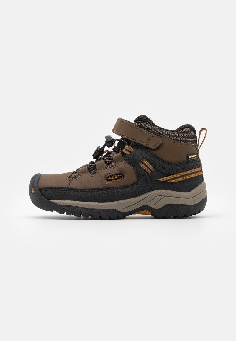 Keen - TARGHEE MID WP UNISEX - Hiking shoes - dark earth/golden brown