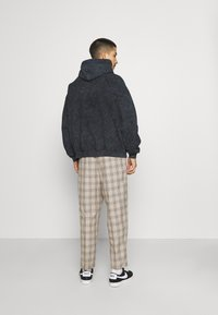 Vintage Supply - CASUAL CHECK TROUSER - Trousers - beige - 2