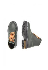 DOMBERS - LIMITLESS - Bottines à lacets - verde oscuro - 1
