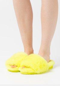 flip*flop - SLIDE - Slippers - citric - 0