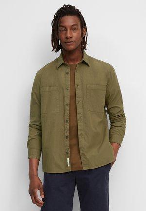 SEERSUCKER RIPSTOP - Shirt - marsh brown