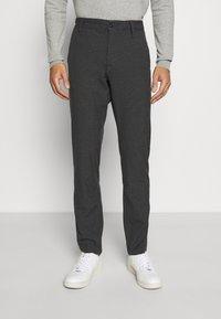 Selected Homme - SLHSLIM STORM FLEX SMART PANTS - Trousers - dark grey - 0