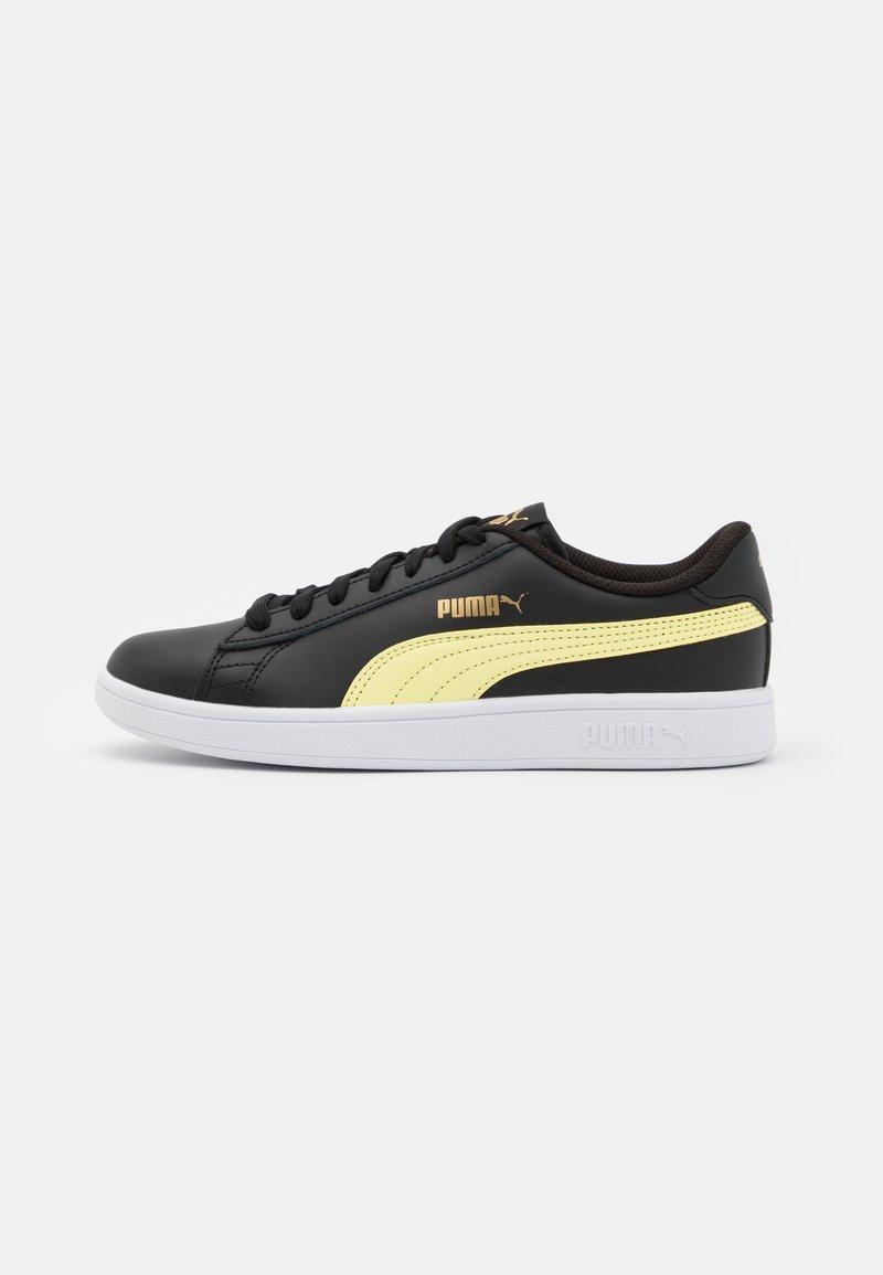 Puma - SMASH UNISEX - Sneakersy niskie - black/yellow pear/team gold