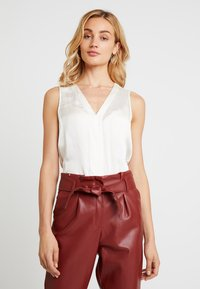 Banana Republic - HIGH LOW PIECED VEE SOLIDS - Blouse - snow day - 0