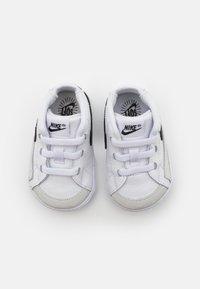 Nike Sportswear - BLAZER MID CRIB - Vysoké tenisky - white/black - 3